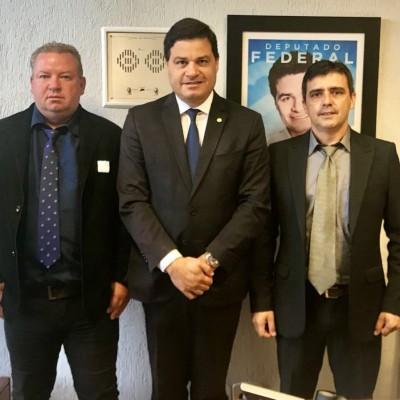 Com os nossos vereadores Jurandir e Marinaldo de Antonio Olinto em Brasília.