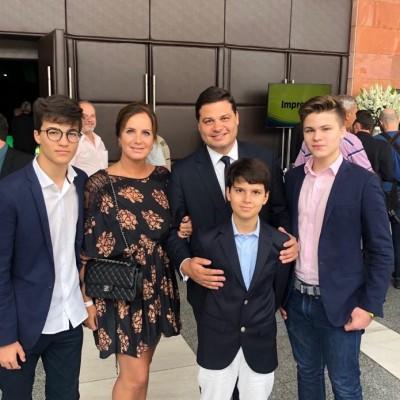 Cerimônia de diplomação. TRE Curitiba, ao lado da minha família.