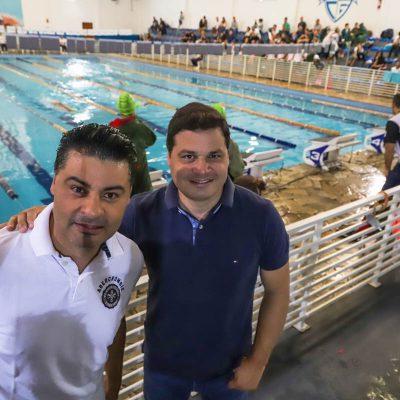 Entreguei os blocos de partidores para os atletas da natação em Ponta Grossa. Compromisso cumprido! Menos conversa, mais resultado!