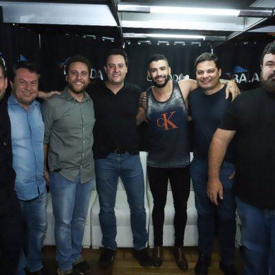 m Londrina prestigiando o amigo Gustavo Lima na EXPO Londrina.