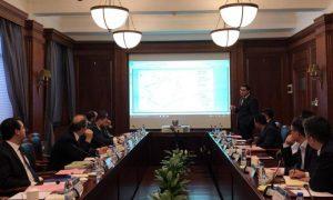 Ratinho Jr e Sandro Alex apresentam projetos de infraestrutura a empresa chinesa